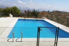 9_casaruralcolmenar_piscina3